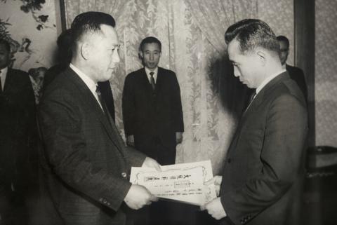 1966.02.03-KIST-초대소장에-임명된-최형섭-박사