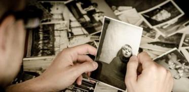 [사이언스타임즈] 행복한 추억만 떠올리는 심리는?