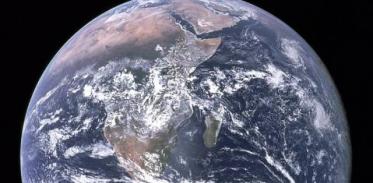 [사이언스타임즈] 지구의 나이는 44억 8000만 년?