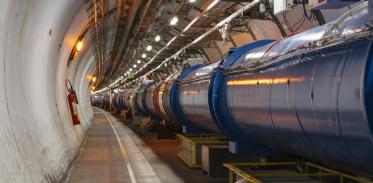 [사이언즈타임즈] 암흑물질 잡을 미래형 가속기 만든다