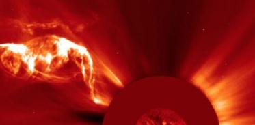 [사이언즈타임즈] 위성 소호가 밝혀낸 태양의 새로운 모습들